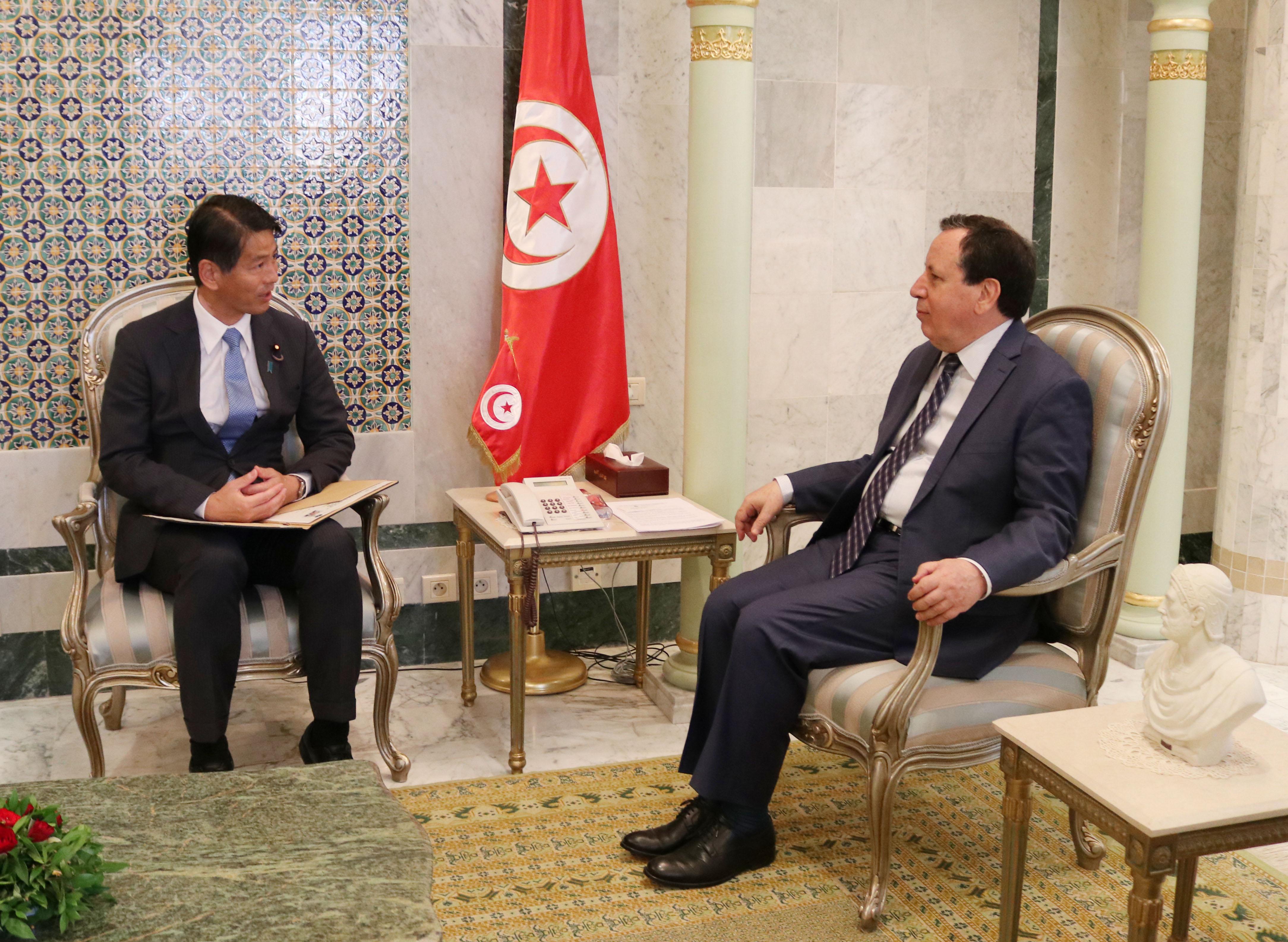 تطوير العلاقات التونسية اليابانية محور لقاء وزير الشؤون الخارجية بكاتب الدولة الياباني للشؤون الخارجية: