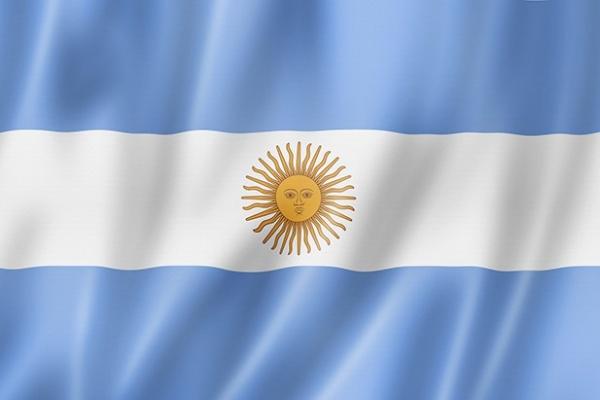 سفارة الأرجنتين بتونس تحتفل بعيدها الوطني :