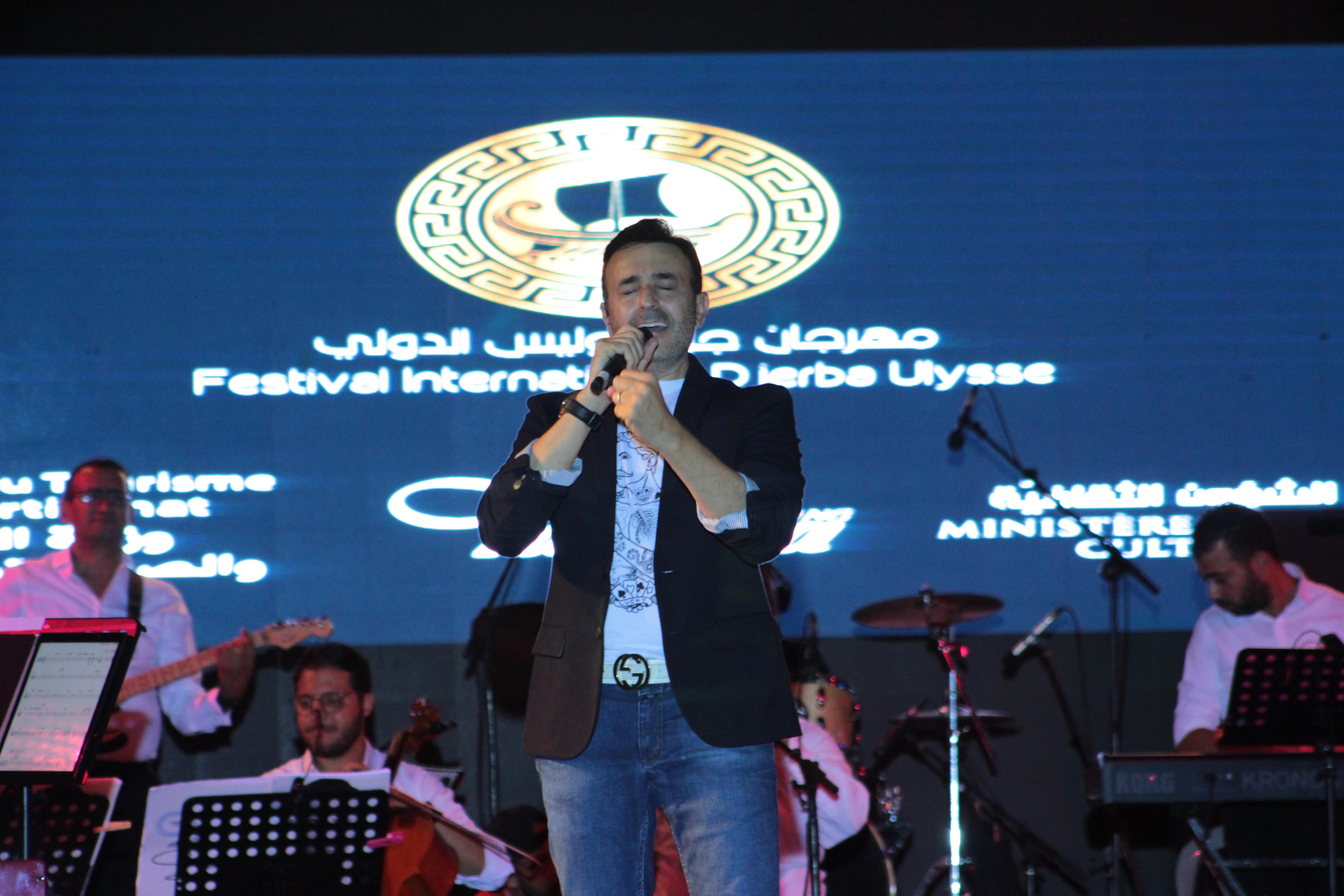 أمير الطرب صابر الرباعي يتألق في مهرجان جربة أوليس: