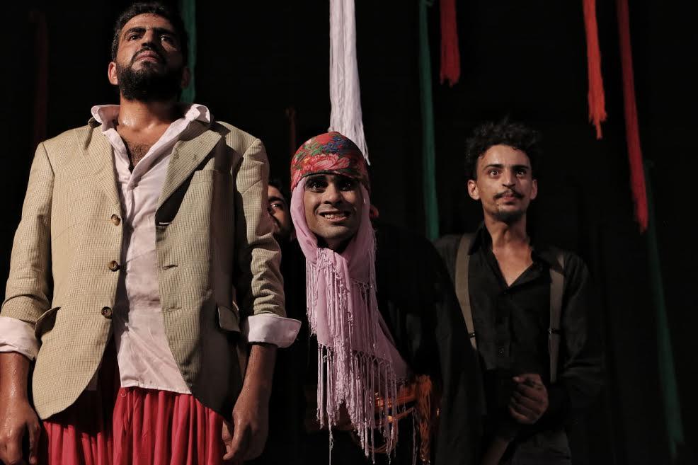 مركز الفنون الدرامية والركحية بسيدي بوزيد: العرض ما قبل الأول لمسرحية  قولاب فيفري 53  لمخرجها علي عامر أولى الانتاجات المسرحية: