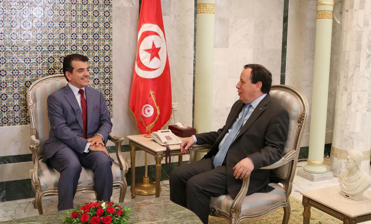 """وزير الخارجية يتحادث مع المدير العام للمنظمة الإسلامية للتربية والعلوم والثقافة """"إيسيسكو"""":"""