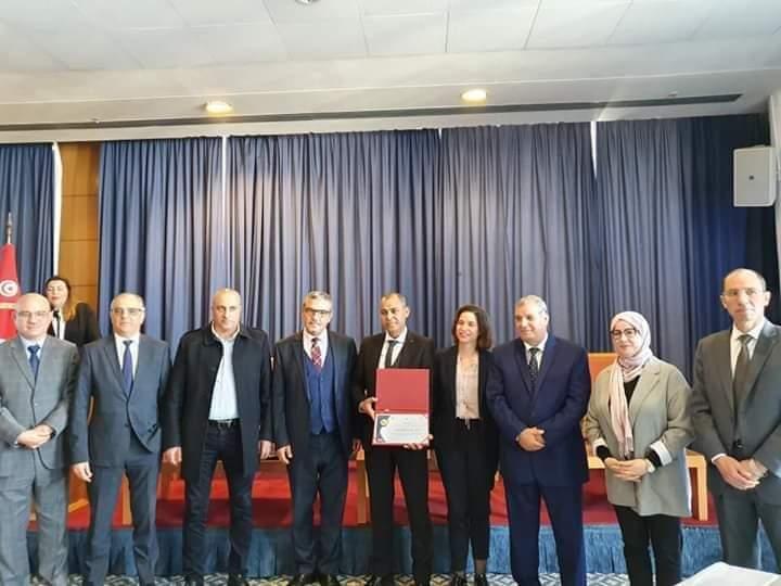 """لأول مرة في تونس :""""برنامج  التنمية الحضرية و الحكومة المحلية"""" يقدم نظام تقييم أداء البلديات :"""
