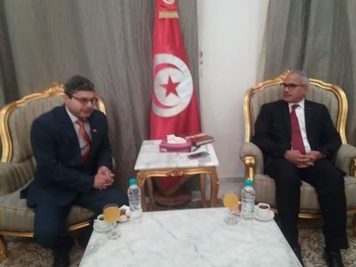 والي قابس يبحث مع سفير الهند بتونس سبل تعزيز التعاون المشترك: