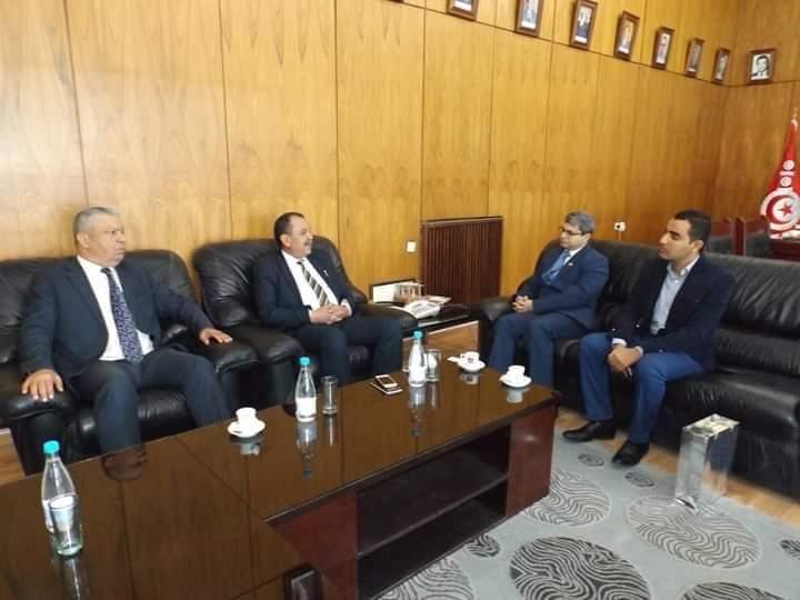والي مدنين يلتقي سفير الهند بتونس: