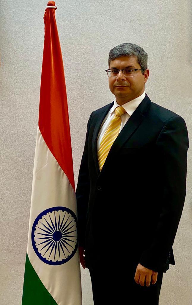 """سفير الهند بتونس يكتب مقالا بعنوان:""""مدّ يد العون حتّى لا يُترك أحد جانبا"""":"""