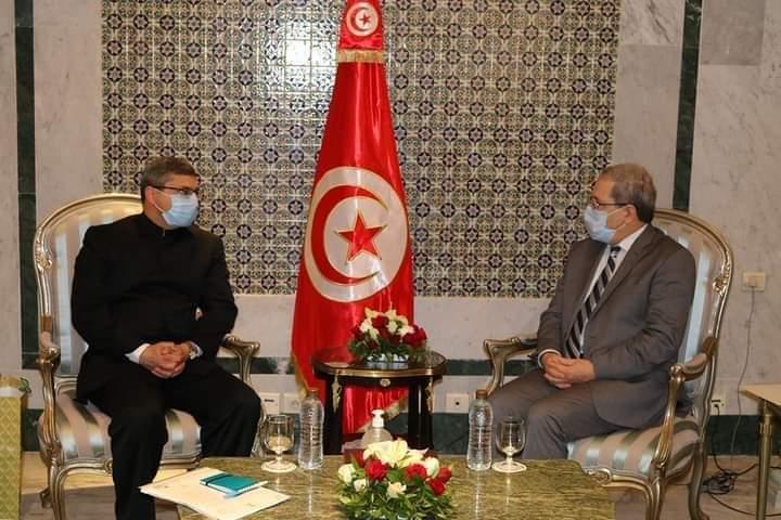 وزير الشؤون الخارجية يبحث مع سفير الهند بتونس تعزيز التعاون الثنائي بين البلدين: