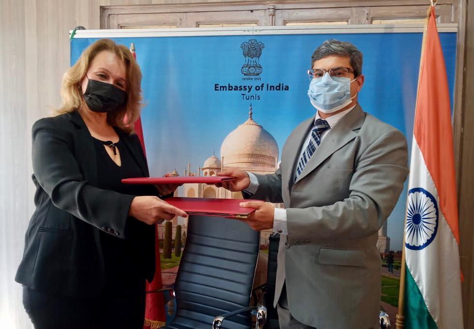 سفارة الهند بتونس توقع مذكرة تفاهم مع جامعة جندوبة لتهيئة وتجميل حديقة بجامعة جندوبة: