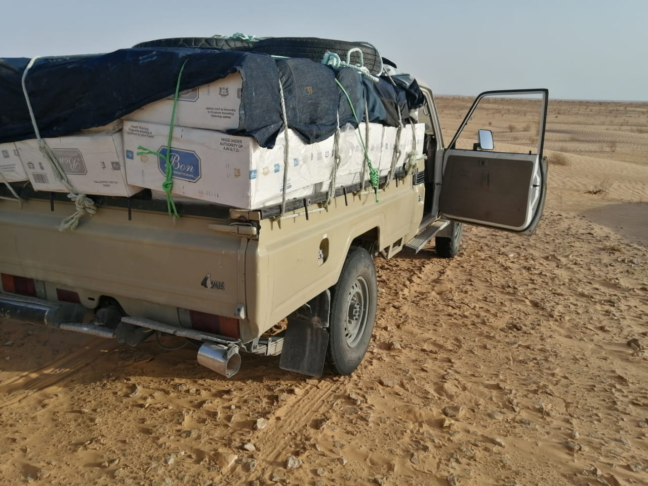 مصالح الحرس الديواني بكل من تطاوين والفحص تحجز 45500 علبة سجائر مهربة: